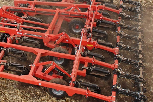 Kuhn-Tillage-Tools-min.jpg
